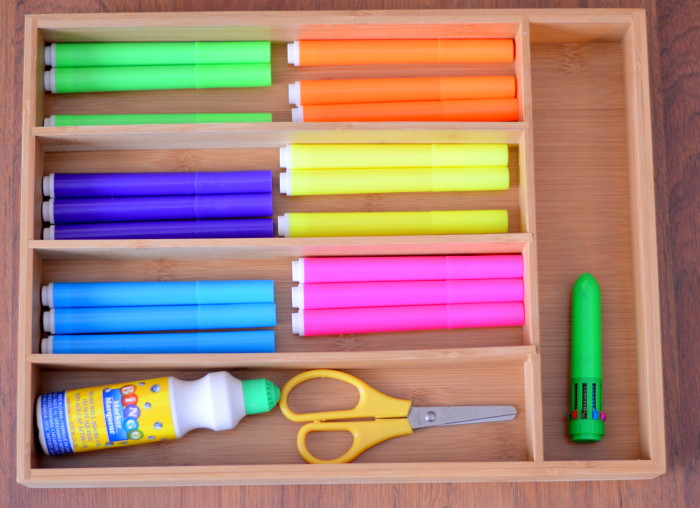 4 Uses For A Drawer Organizer In The Classroom #ad #LakeHouse